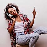 Fone de ouvido Elite Bass Wireless Headphone Branco com Rosê
